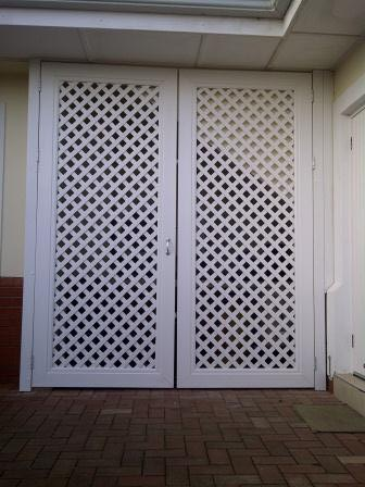 5Lattice double door