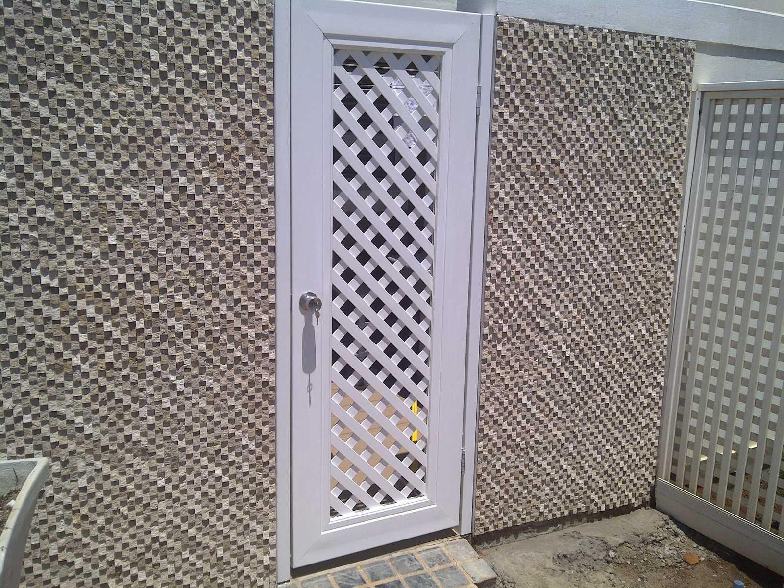 K1600_4Lattice-door